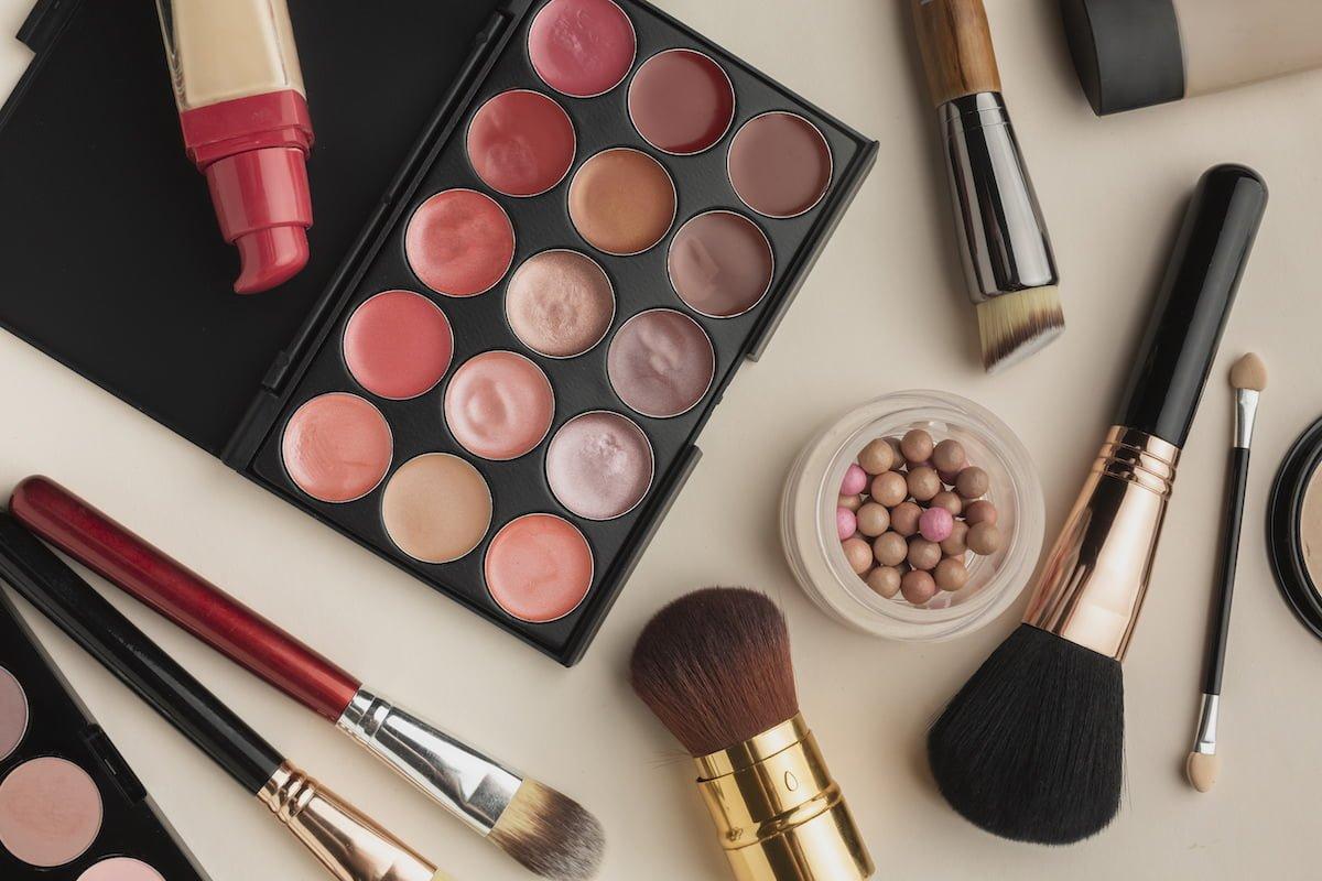 Makijaż próbny - słuszna potrzeba czy zbędny wydatek?