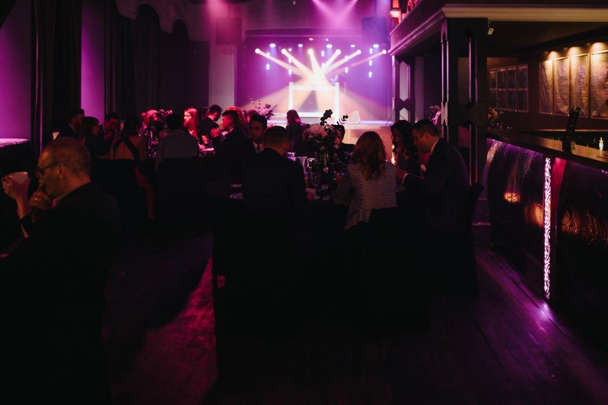 Paryski styl, szyk i klasa, czyli wyjątkowe wesele w klubie Scenografia w Łodzi